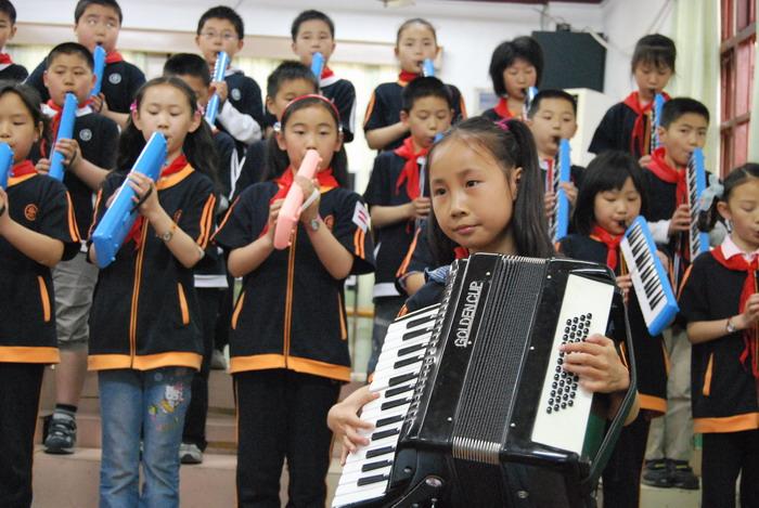 9年5月12日三年级口风琴比赛37