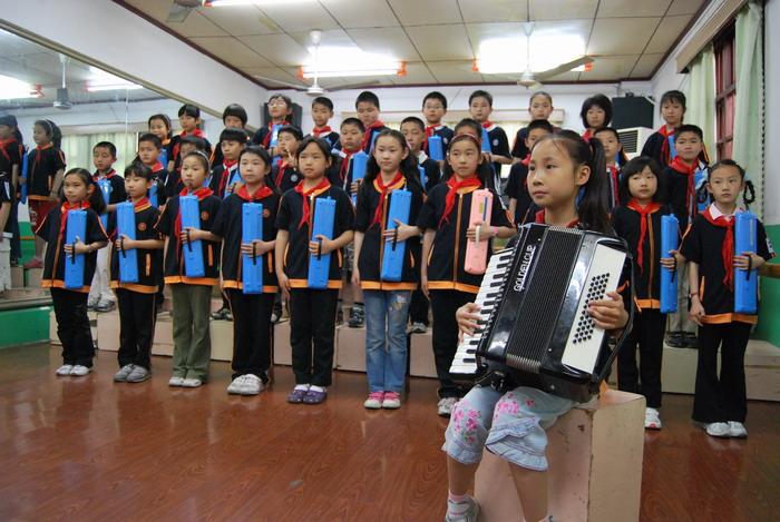 9年5月12日三年级口风琴比赛34