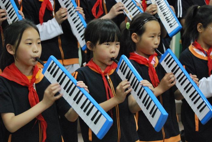 9年5月12日三年级口风琴比赛32