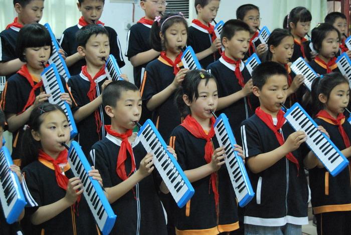 9年5月12日三年级口风琴比赛24