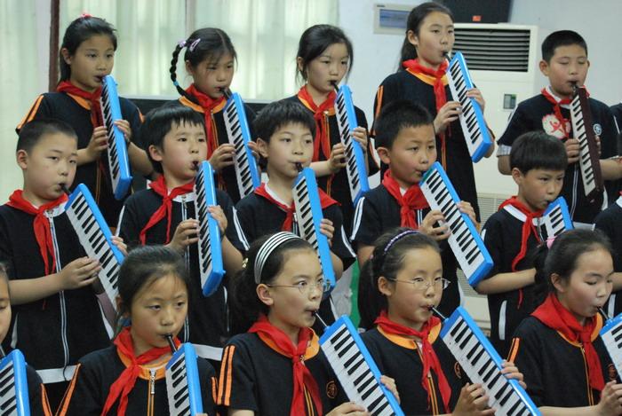9年5月12日三年级口风琴比赛9