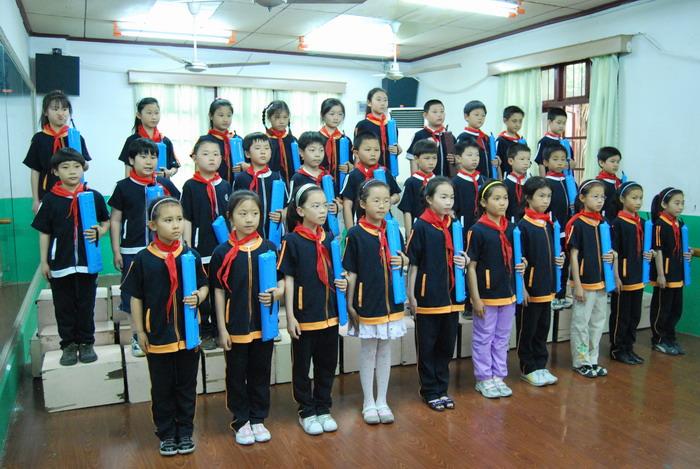 9年5月12日三年级口风琴比赛6