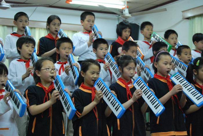 9年5月12日三年级口风琴比赛4