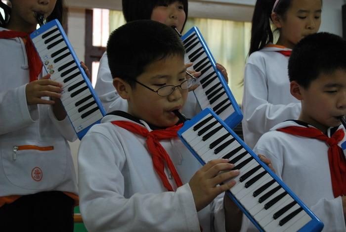 年5月13日四年级口风琴比赛30